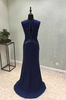 モダンなイブニングドレスのデザインのおすすめ画像2