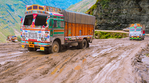 Real Indian Cargo Truck Simulator 2020: Offroad 3D  screenshots 4