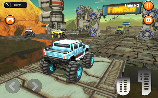 Ultimate Monster Truck: 3D Stunt Racing Simulator apkpoly screenshots 7