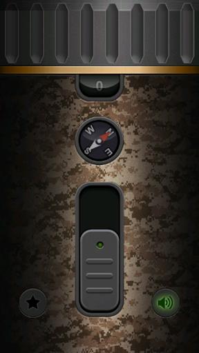 Military Flashlight Free android2mod screenshots 6