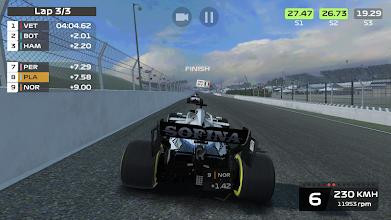 F1 Mobile Racing screenshot thumbnail