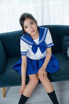 制服美少女図鑑のおすすめ画像2