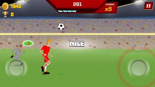 Supa Strikas Dash - Dribbler Runner Game apkdebit screenshots 7